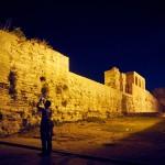 Стена манит туристов